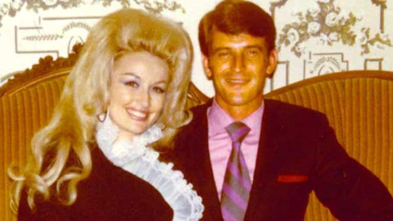 Dolly Parton Husband, Net Worth, Age, Siblings, Body, Children, Family