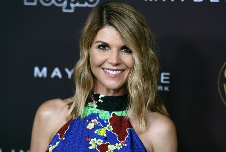 Lori Loughlin Bio, Kids, Husband, Age, Net Worth, Daughters, Family