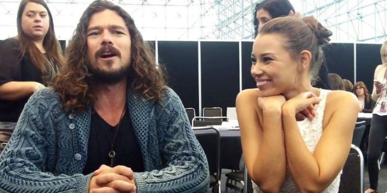 Luke Arnold Bio, Girlfriend, Height, Body Measurements, Wiki