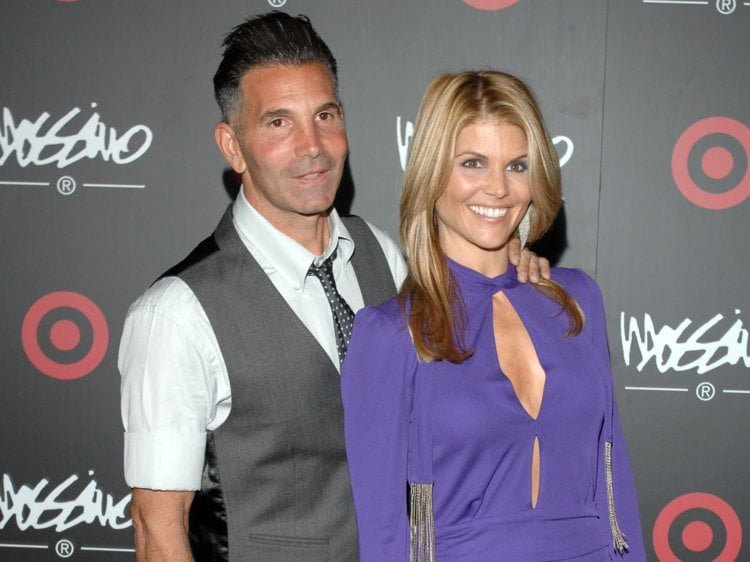 Mossimo Giannulli Bio, Net Worth, Wife – Lori Loughlin, Daughters And Son