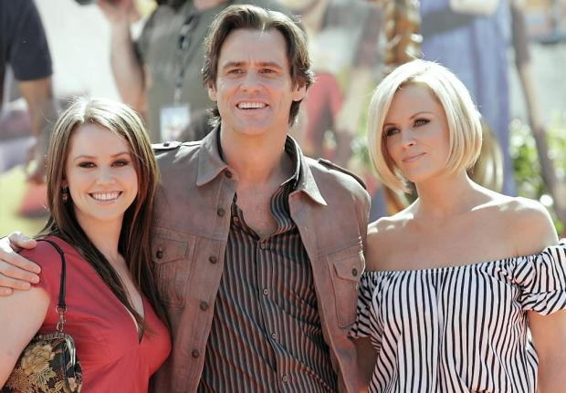 Jim Carrey Daughter, Wife, Girlfriend, Net Worth, Height, Wiki, Death