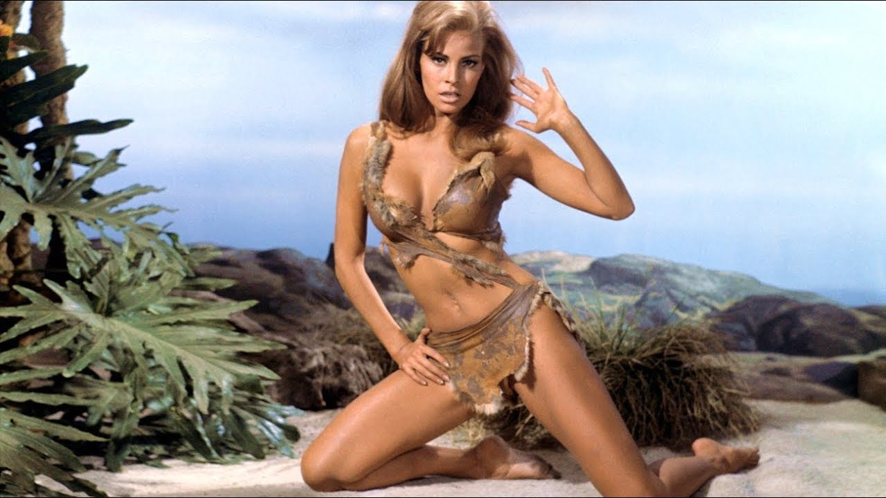 Raquel Welch Bio, Spouse, Daughter, Net Worth, Kids, Age, Height and Measurements