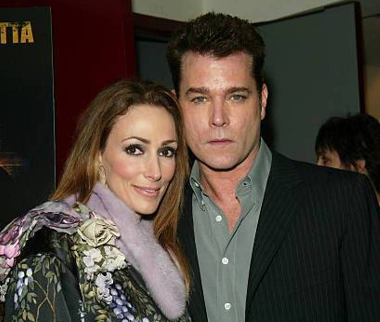 Ray Liotta Married, Wife, Daughter, Age, Height, Is He Gay?