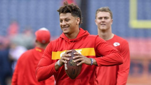 Who Are Patrick Mahomes Parents And Family Members, His Bio And NFL Stats