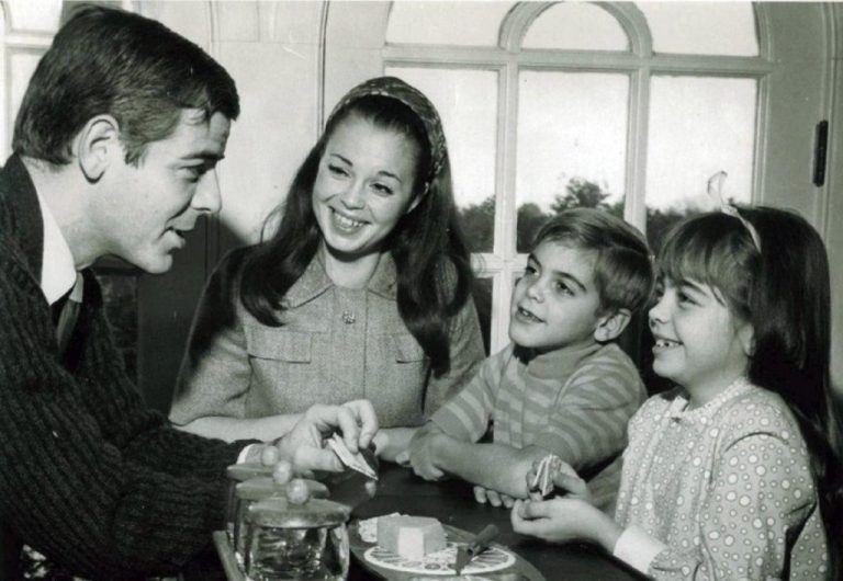 George Clooney's Wife, Sister And Girlfriends