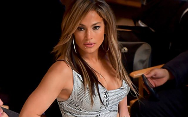 Jennifer Lopez Feet, Shoe Size and Shoe Collection