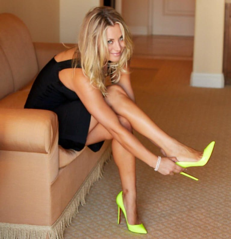 Analysis Of Kaley Cuoco Feet, Shoe Size And Shoe Collection
