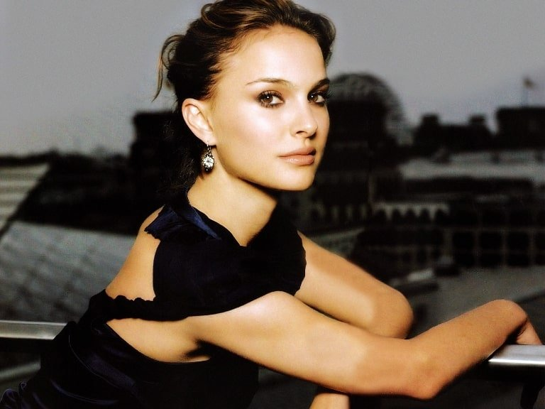 Natalie Portman's Height, Weight And Body Measurements