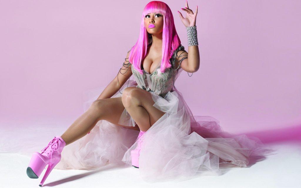 Nicki Minaj Feet, Shoe Size and Shoe Collection
