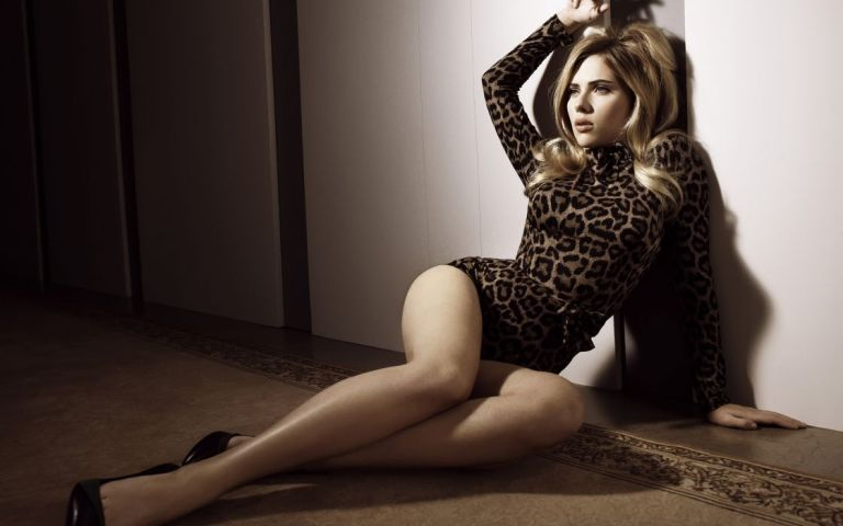 Scarlett Johansson Feet, Shoe Size And Shoe Collection