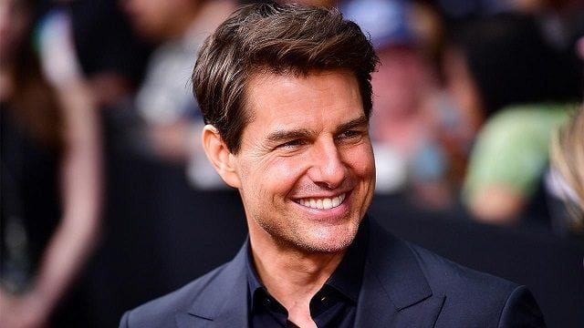 Is Tom Cruise Gay? Read Shocking Details
