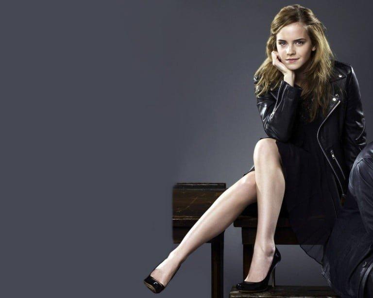 Emma Watson Feet, Shoe Size and Shoe Collection