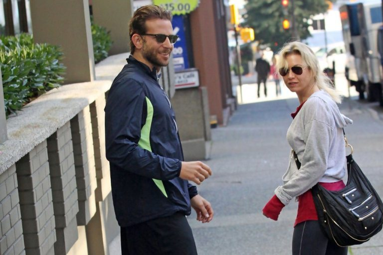Is Bradley Cooper Married? Who Is His Girlfriend or Wife?