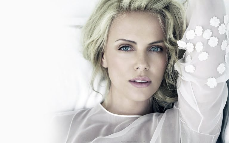 Charlize Theron's Height, Weight And Body Measurements