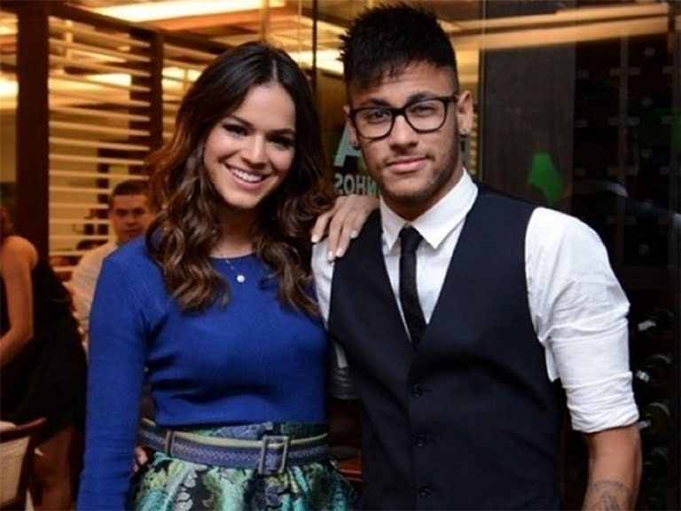 Neymar Girlfriend, Relationships, Wife, Son And Sister ...Neymar And Girlfriend Together