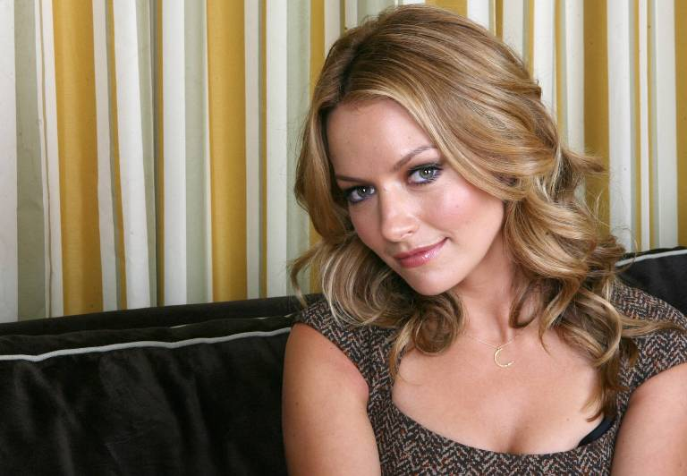 Becki Newton: Everything You Need To Know