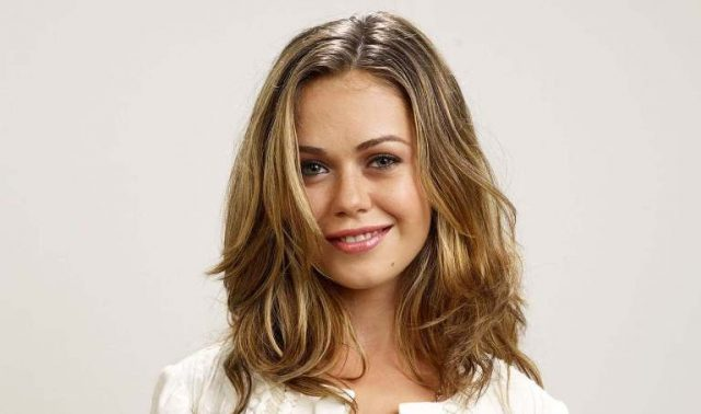 Alexis Dziena Wiki, Bio, Married, Career, Family