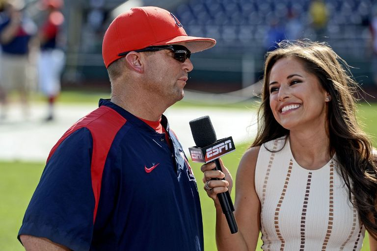 Kaylee Hartung Married, Boyfriend, Family, Body Measurements