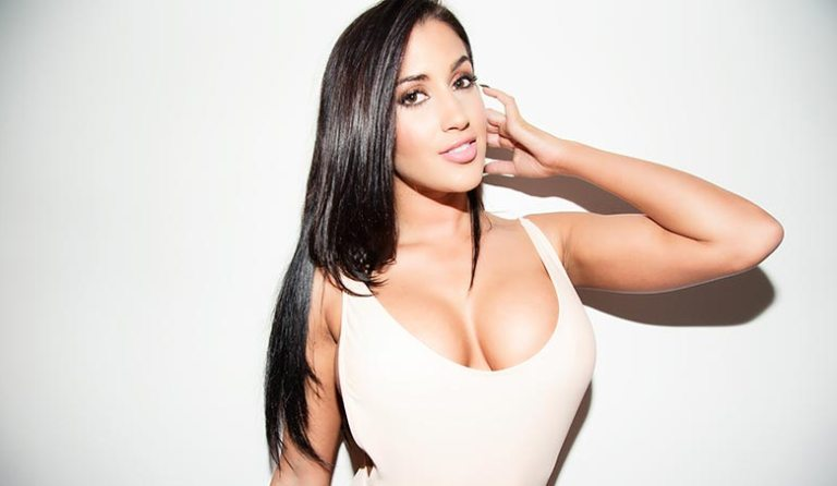 Claudia Sampedro Married, Baby Daddy, Wiki, Bio, Measurements