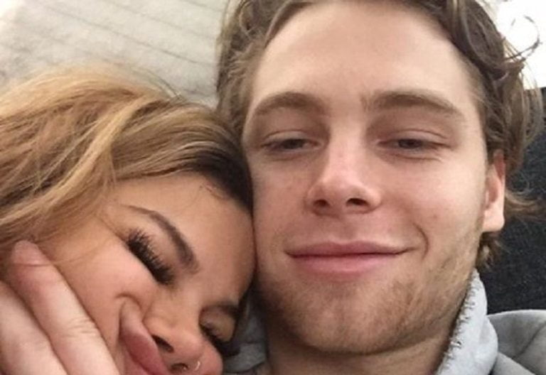 Arzaylea Dating, Relationship with Luke Hemmings, Wiki, Bio