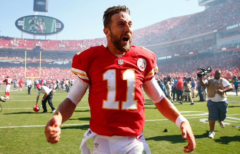 Who Is Alex Smith's Wife, Elizabeth Barry? Family, Bio, Quick Facts