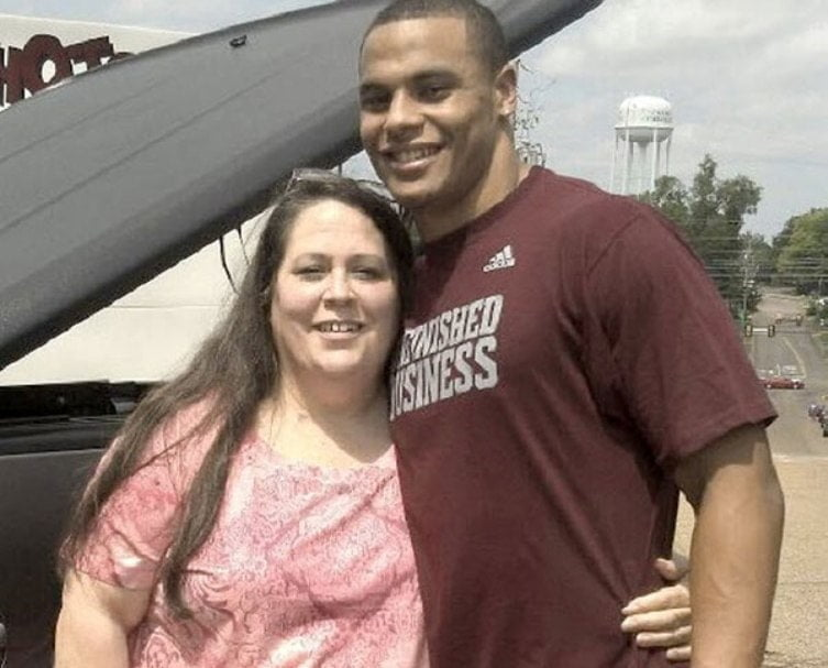 Dak Prescott – Bio, Girlfriend, Parents, Family, Height, Weight